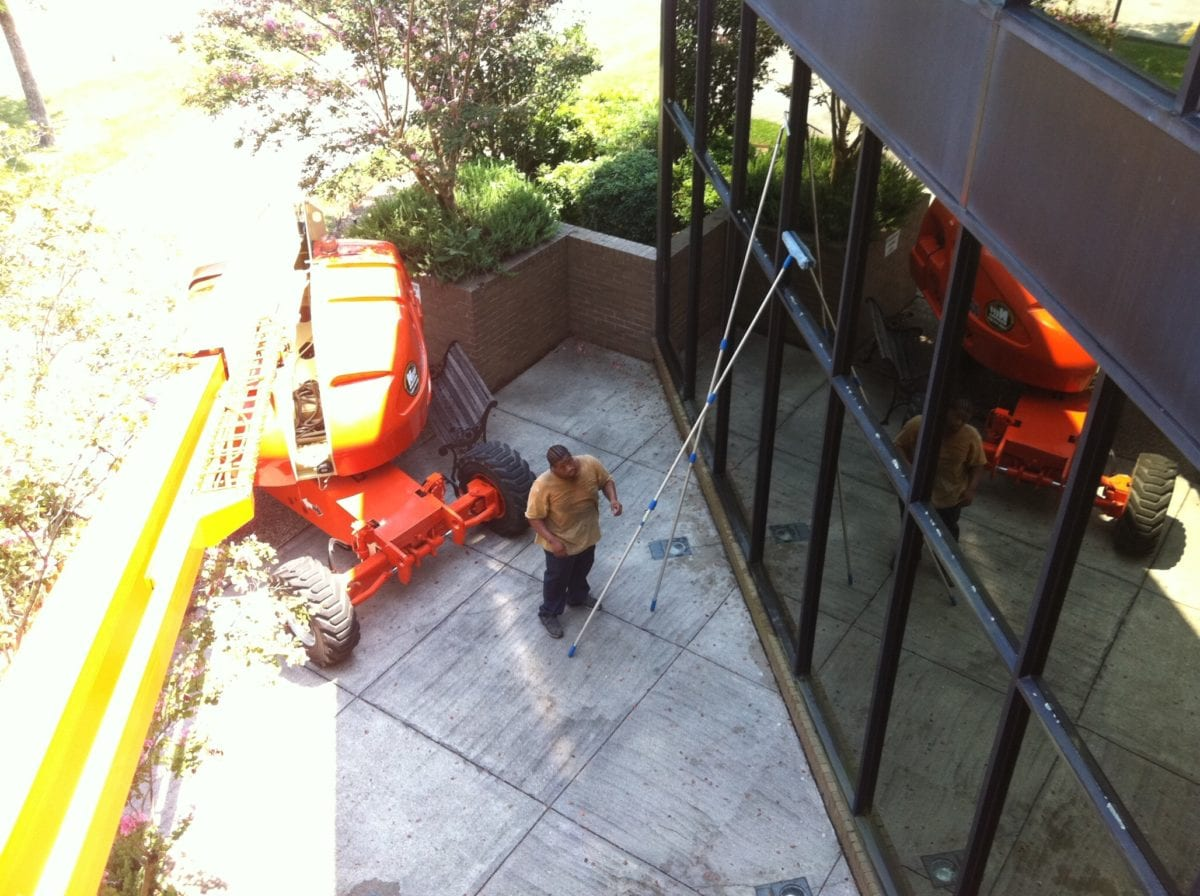 Outdoor cleaning services pressure washing window - Exterior window cleaning services ...